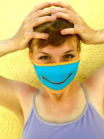 crayon zipper mask