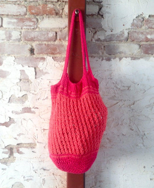 pink knit bag, made by Julianne